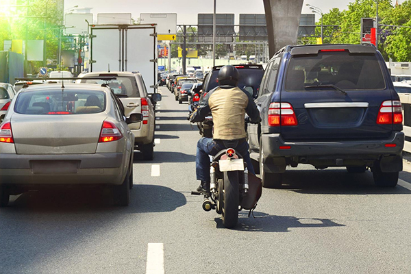 Filtering Through Traffic on A Motorcycle - tips from IAM RoadSmart