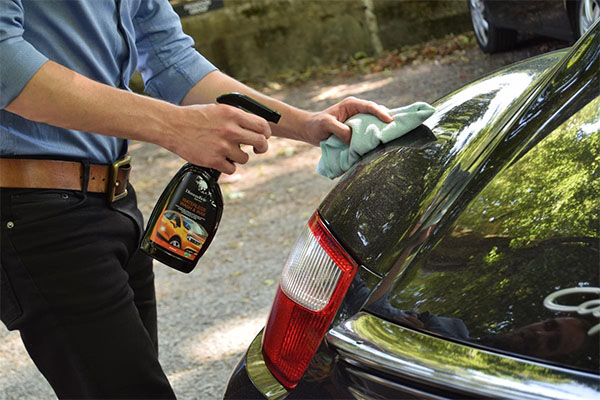 Six tips for cleaning and protecting cars during the warmer months
